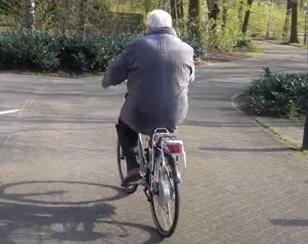 Veilig door het verkeer op je elektrische fiets (Tips)
