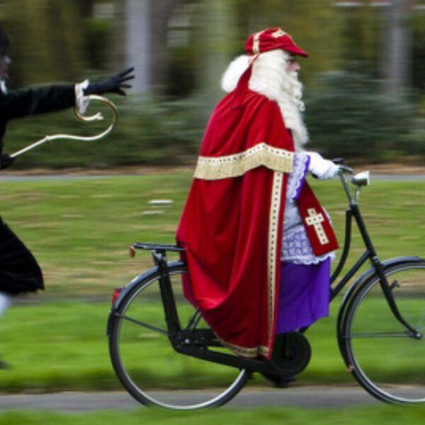 Fiets Sinterklaas 5 leuke cadeaus
